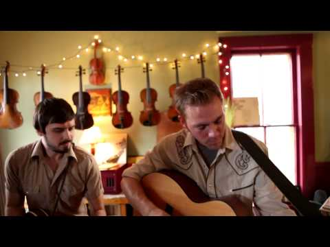 "The Wayfarers - ""Angeline the Baker/Sal's Got Mud Between Her Toes"" [Strad's Attic Series]"