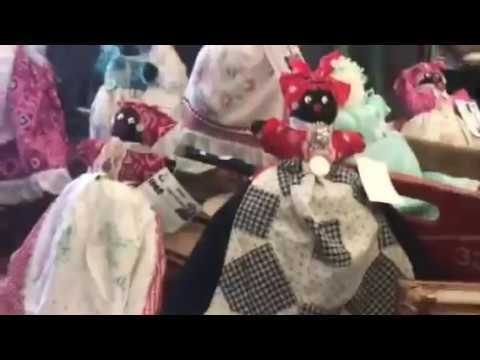 Confederate Family Sell Slave Dolls Charleston Slave Market, Black Tour Operator Arrested For Sale
