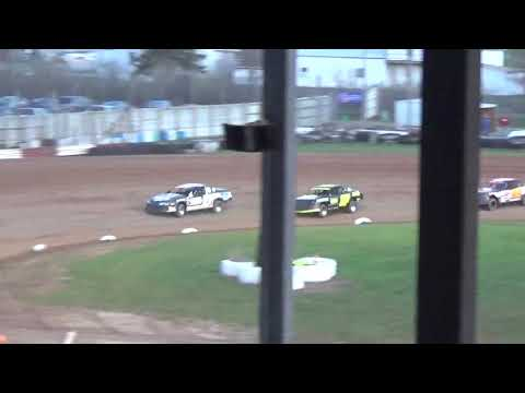 5 3 19 stockcar heat at Luxemburg Speedway