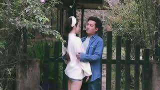 Trường Giang tình tứ hôn Nhã Phương