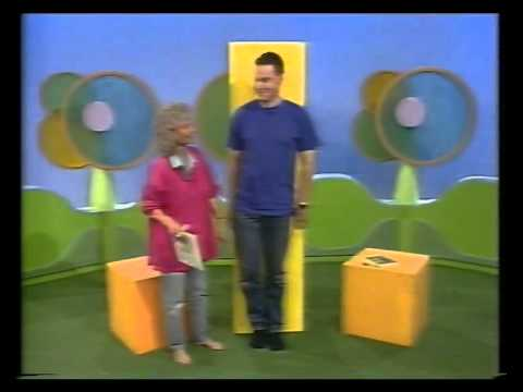 Play School - Benita and Colin - measuring height