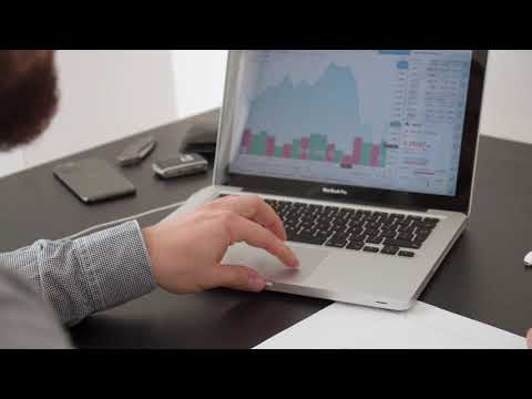 What Are Stock Market Moving Averages? - Financial Education