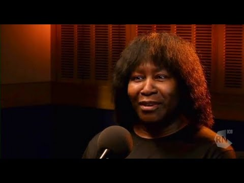 Joan Armatrading interview in Sydney [HD] Life Matters, ABC Radio National