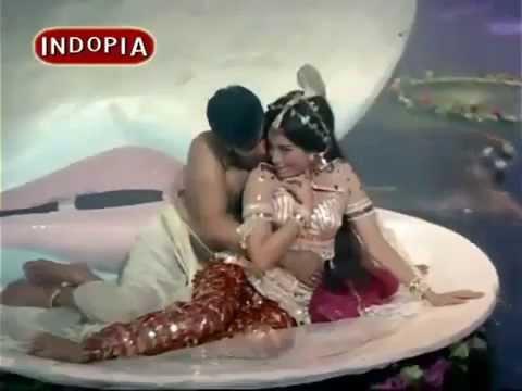 Aaja Raja Lekar Baraat Aaja, Starring: Jeetendra, Babita Kapoor, Movie-  Anmol Moti 1969