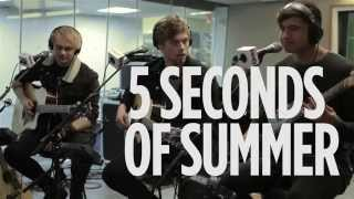 "5 Seconds of Summer ""She's Kinda Hot"" Live @ SiriusXM  SiriusXM Hits 1"