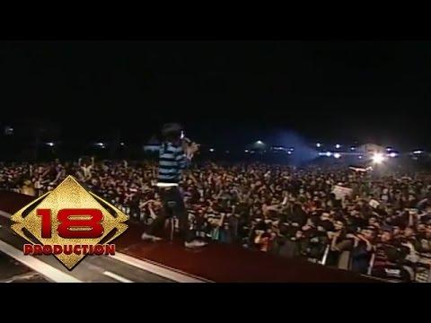 D'Masiv - Full Konser (Live Konser Cianjur 15 Maret 2008)