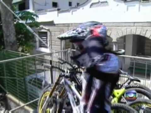 Emmeline Ragot - Descida das Escadas de Santos 2011 - 2º Lugar