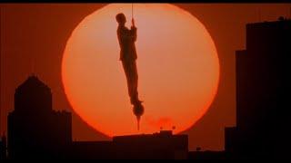 Эпичный фон на закате — «Младенец на прогулке, или Ползком от гангстеров» (1994) сцена 10/10 HD