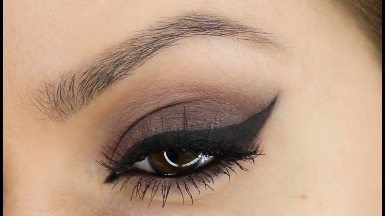 How To Make A Cat Eye Stencil