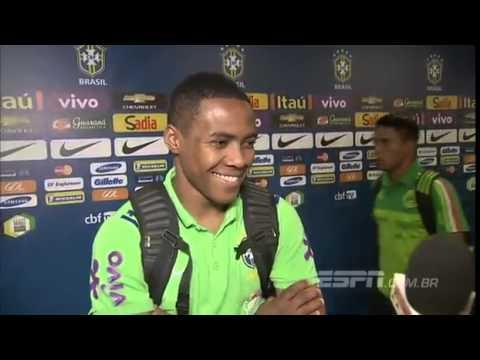 David Luiz está feliz por reencontrar a torcida