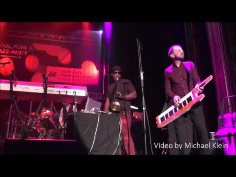 The Limit's The Sky - Oli Silk at 7. Augsburg Smooth Jazz Festival (2016)