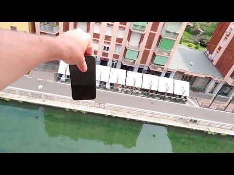 Lancio il telefono della mia ragazza dal balcone!