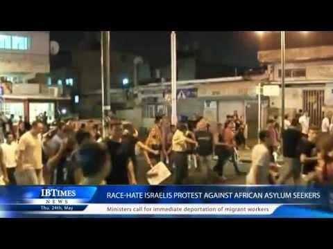 Download Race-hate Israelis protest against African asylum seekers
