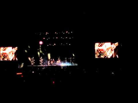 Two door cinema club what you know vive latino 2016