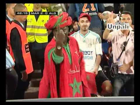 مشجع مغربي صحراوي يرقص thumbnail
