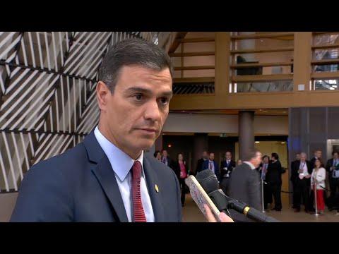 """Sánchez pide a los partidos políticos que """"reconsideren"""" su posición"""