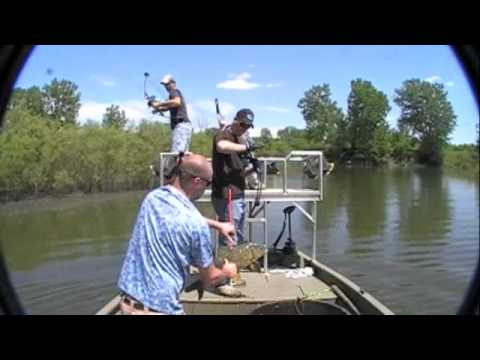 Bowfishing Iowa, Redrock Spillway