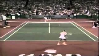 [HD] Martina Navratilova vs Jimmy Connors - Highlights