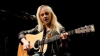 Watch Laura Marling Little Love Caster video