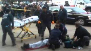 Chicago Vilolence ...2 shot at funeral for reputed Chicago gang member