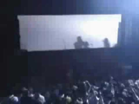 Gorillaz - Man Research (clapper) (Live at Forum)