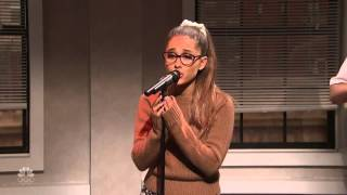Ariana Grande Parodia Whenever Wherever de Shakira en Saturday Night Live