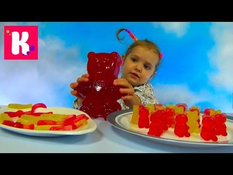 Катя делает Желейных мишек и червяков на Гамми Мэйкер