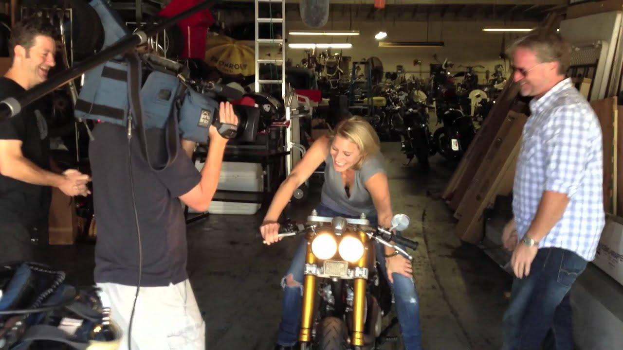 Girls Feature Wallpaper Katee Sackhoff Kickstarts Her New Classified Moto Youtube