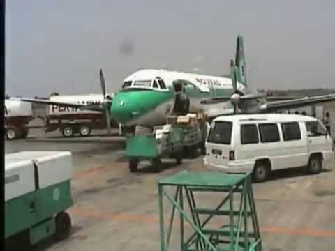 THE SIGHT & THE SOUND 4/6 : Bouraq Indonesia HS-748 PK-IHV inflight documentary from Lombok to Bali