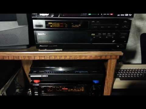 Pioneer LD-W1 Playing, Switching, and Ejecting LaserDisc 1 and 2