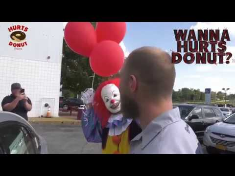 At Hurts Donut Company Getting Some Donuts Wichita, KSиз YouTube · Длительность: 3 мин46 с