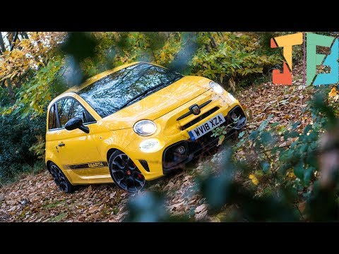 ABARTH 595 Competizione Review 🚗💨 (FIRST IMPRESSIONS)