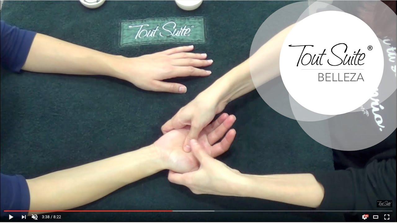 Watch Cómo hacer un automasaje antiedad paso a paso video
