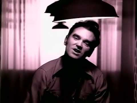morrissey more you ignore me the closer i get