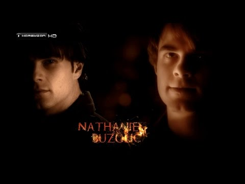 THE VAMPIRE DIARIES - A VIEW TO A KILL (4x12) OPENING CREDITS