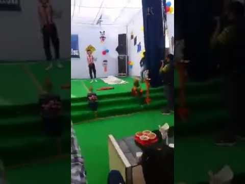 Jeena Yaha Mrna Yaha Dance Parformetion...