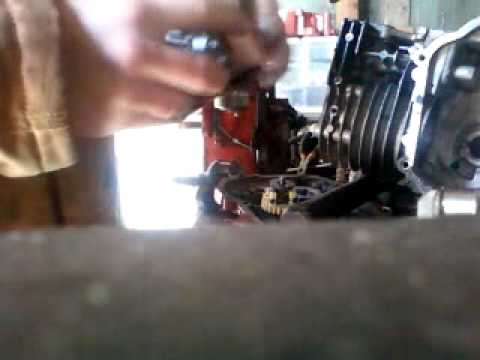 cleaning a tecumseh carb with diaphram - YouTube