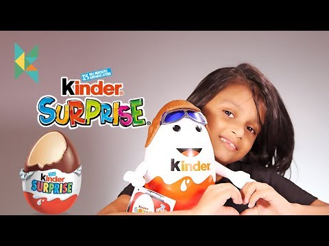 Giant Kinder Surprise Pilot from Airport Duty Free Toy Egg Unboxing and Play Kyrascope Toy Reviews