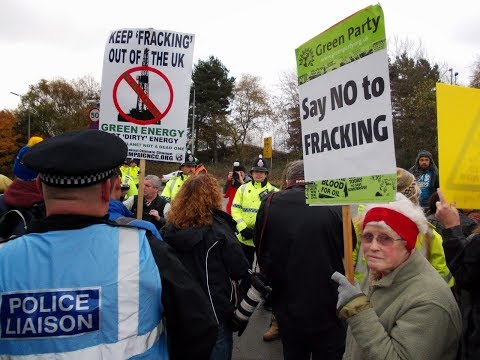 Mob of Anti Fracking Protectors shove the police!