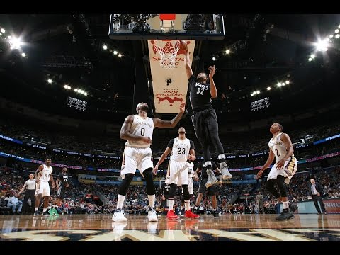 Anthony Davis and Karl Anthony Towns Duel...