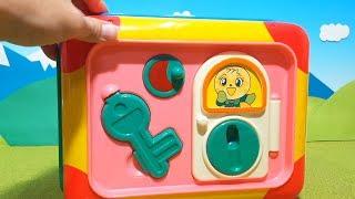 アンパンマン アニメおもちゃ おおきなよくばりボックスから何が出るかな? animekids Anpanman Toy thumbnail