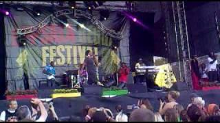 Etana - Jah Chariot LIVE URF 2009