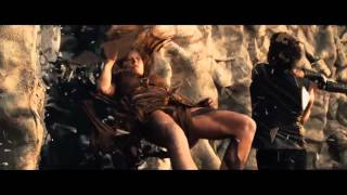 """Hansel & Gretel Cazadores de Brujas - Creditos Finales Latino - """"bruja del Desierto"""""""