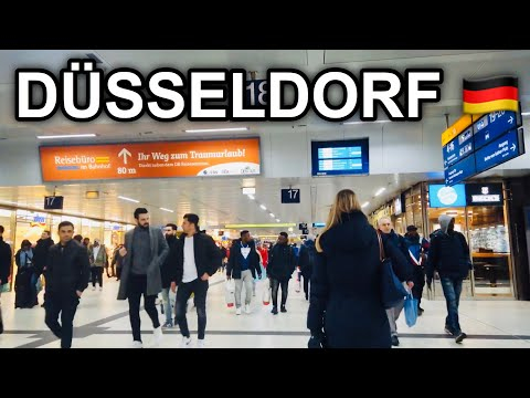 [4K] Train Station Tour in Germany 2020 - Dusseldorf Main Station - Train Station on a Cloudy Day