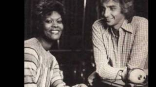Dionne Warwick & Barry Manilow Run to me
