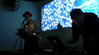 Sean M Whelan & Isnod performing Elemental.