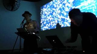 Sean M Whelan & Isnod performing Elemental.