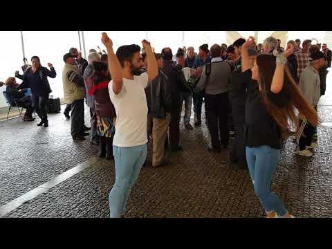 Cantar & Dançar Folclore ao Som das Concertinas