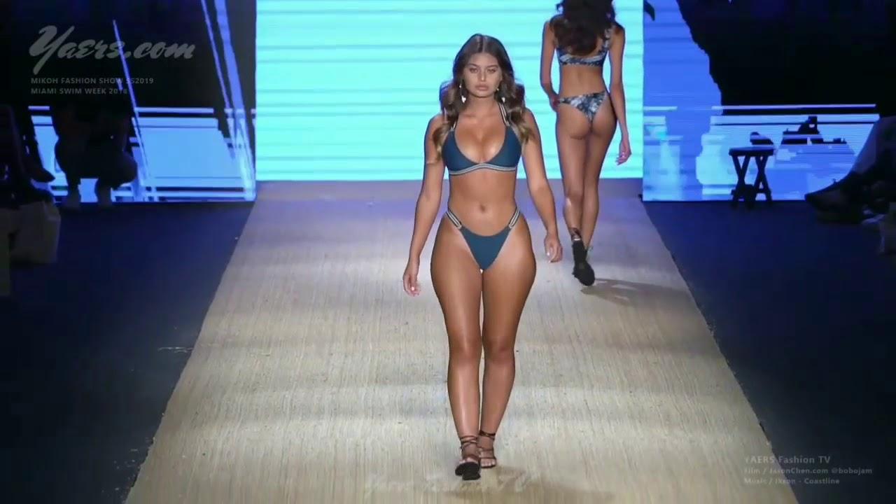Download Amazing Naturally curvy model ramp walk at Miami fashion weak 2018 HD