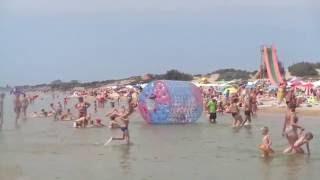 Пляж Джемете и Черное море. Лучшее видео.(Проведите пару минут на берегу Черного моря, на пляже курорта Джемете близ Анапы., 2016-08-13T13:05:48.000Z)